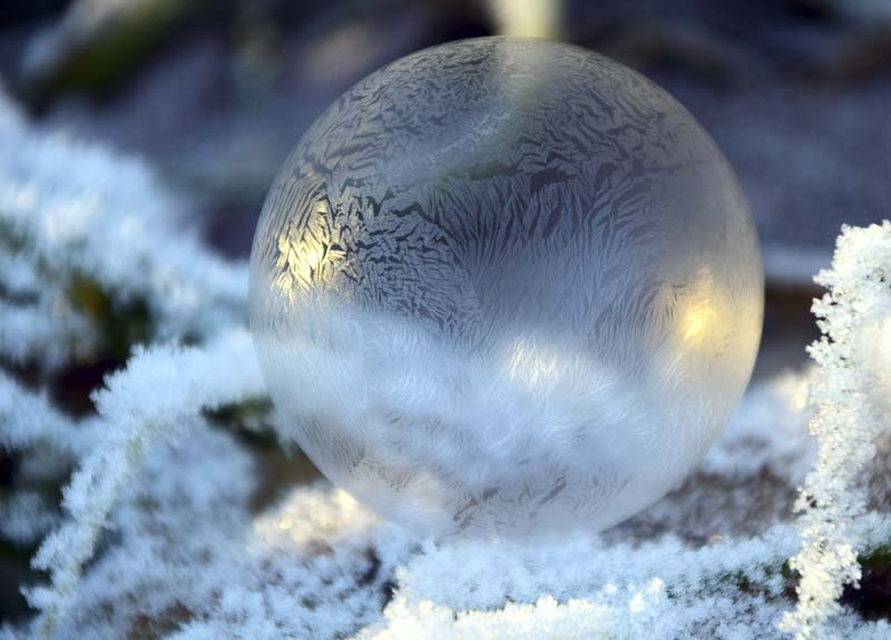 blowing bubbles in freezing weather